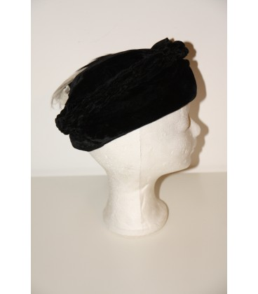Dámský klobouček