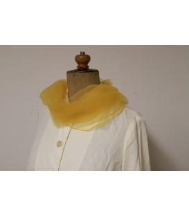 Žlutý šátek